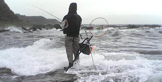 台風直撃直前の毘沙門で釣り